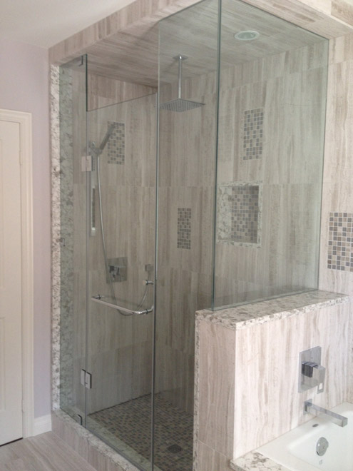 Corner shower glass in toronto frameless shower glass for Half wall shower glass