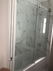 Frameless sliding shower glass 2