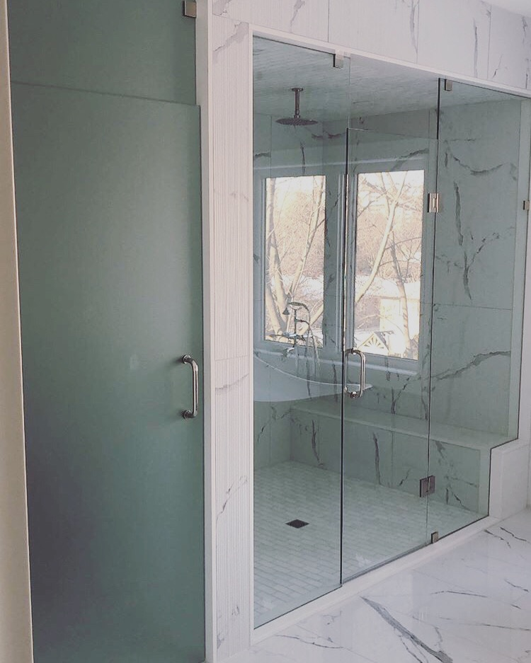 In-Line Shower glass enclosure with Toilet area glass enclosure
