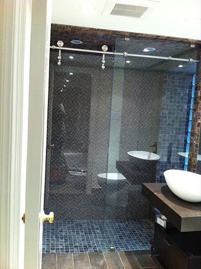 Lagoona Sliding Shower Glass